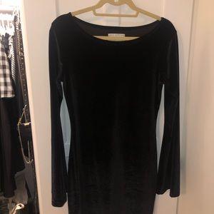 Bell Sleeve Velvet Black Dress! Size L